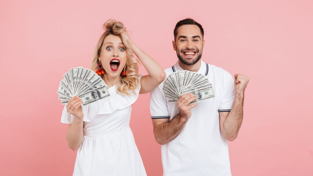 How to Save Money For Your Wedding in 6 Months