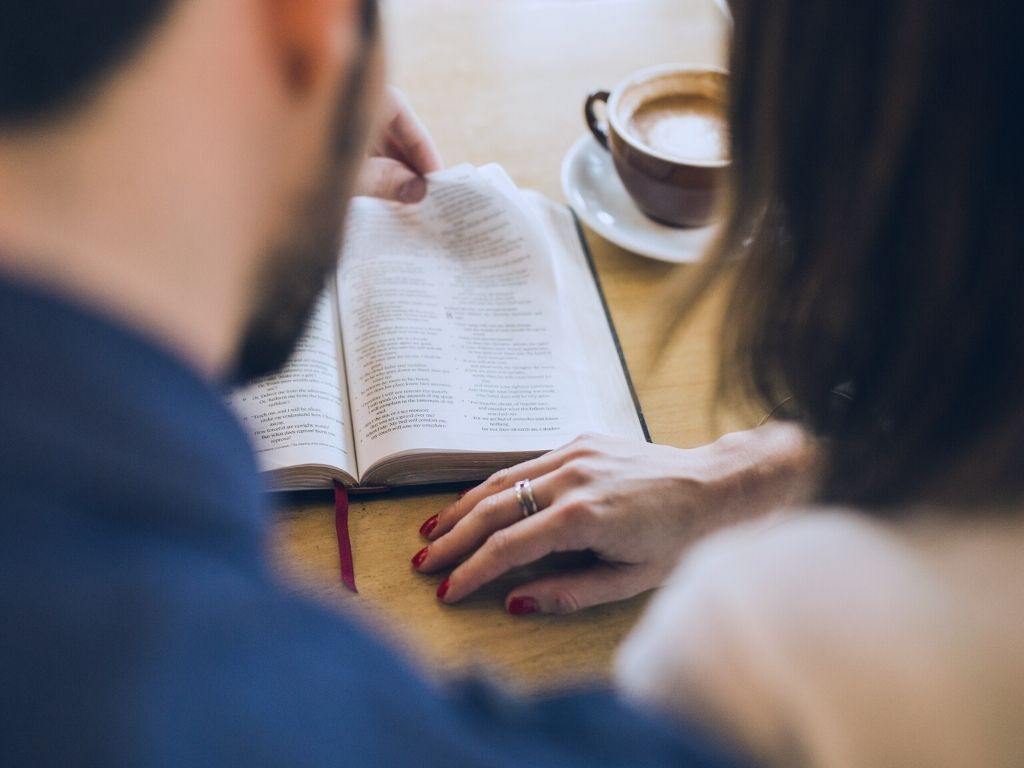 should christian couples do devotions together