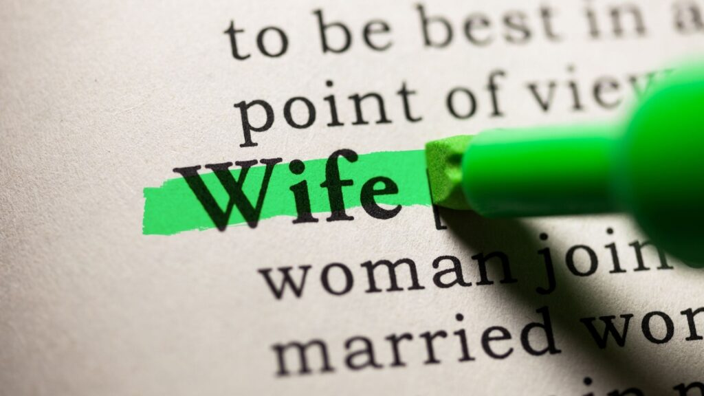 qualities of a good wife in the bible